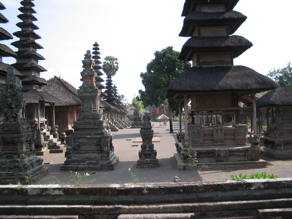 Temples of Bali 2 and Prambanan on Java (4/6)