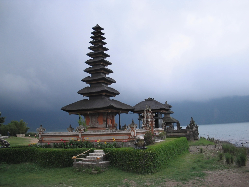 Temples of Bali 2 and Prambanan on Java (5/6)